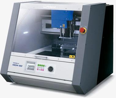 Fresadora de sobremesa Roland Modela MDX-50